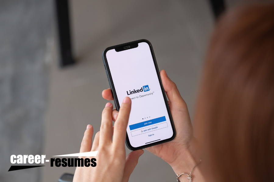 4 Things to Add to Your LinkedIn Profile Right Now