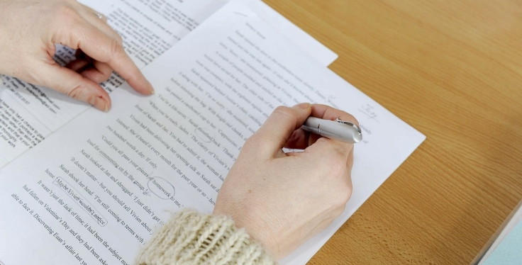 How To Choose The Right Professional Resume Writing Service Career
